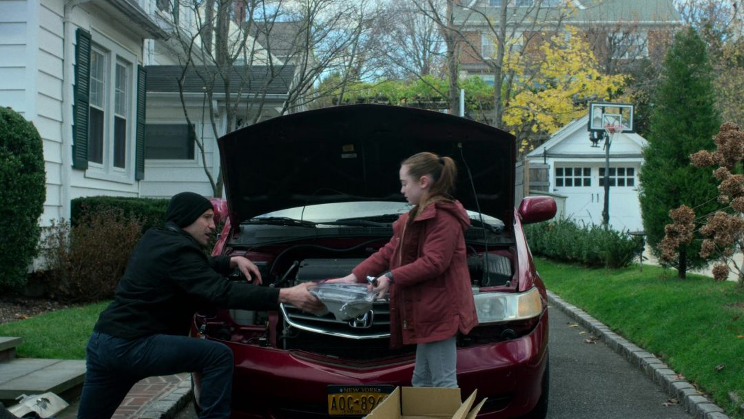 (2) Frank fixes Sarah's car with Leo's help