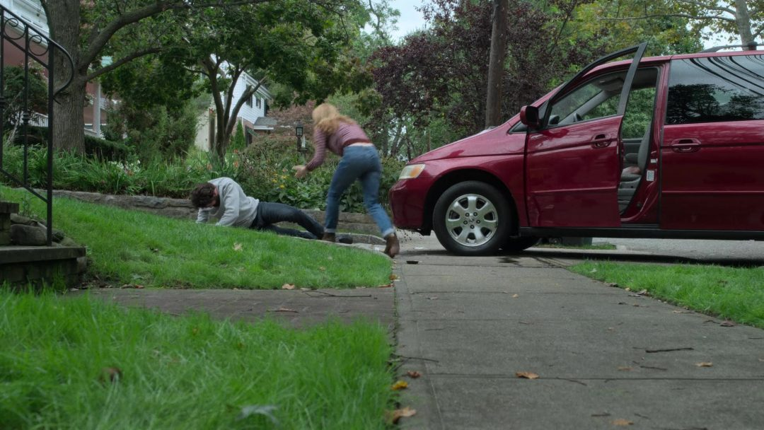 Frank gets run over by Sarah, Micro's wife