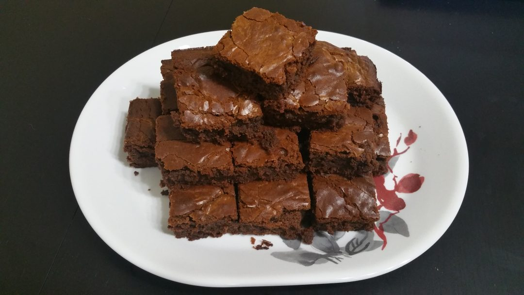 24 servings of moist, delicious, simple brownies