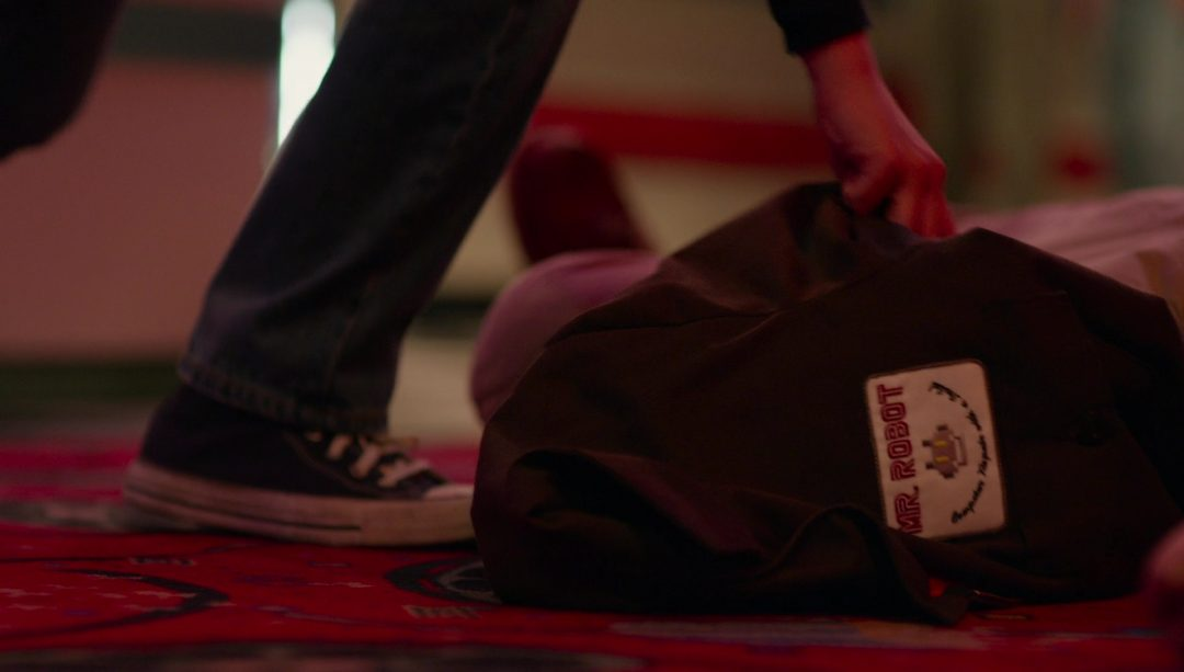 4 - Little Elliot picks up the Mr. Robot jacket