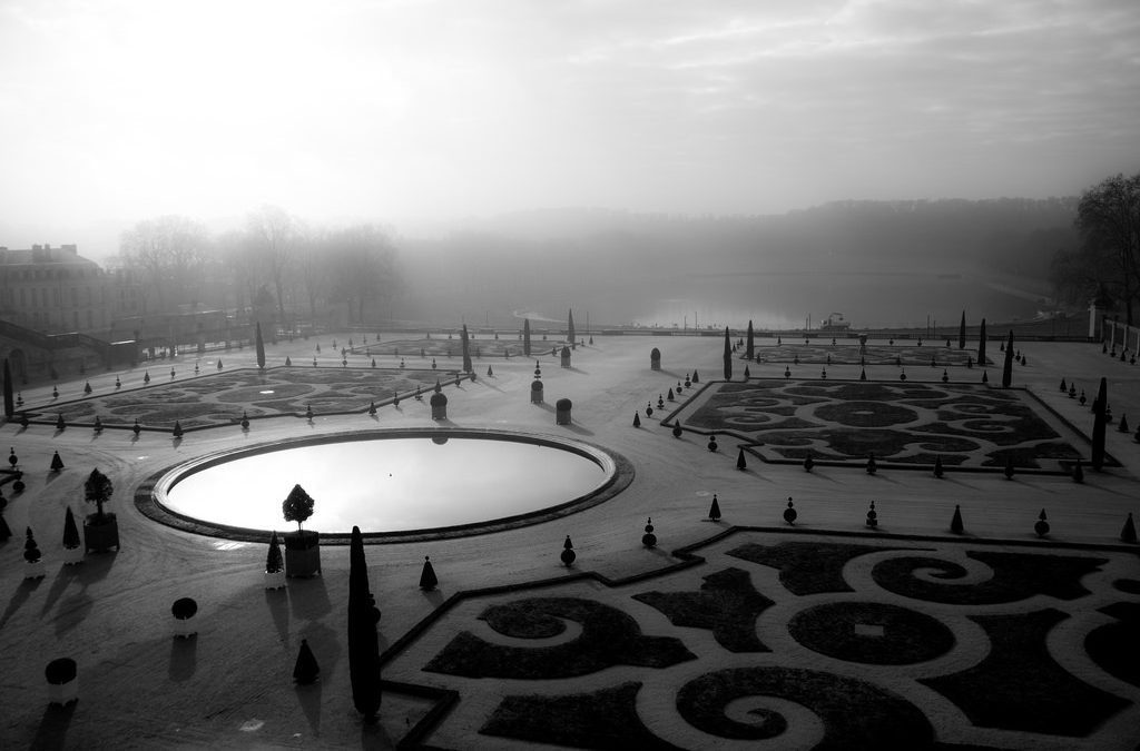 "Photos of the Day: ""Palace Grounds of Versailles"" by Dan Warkentin, and More Photos Inside"