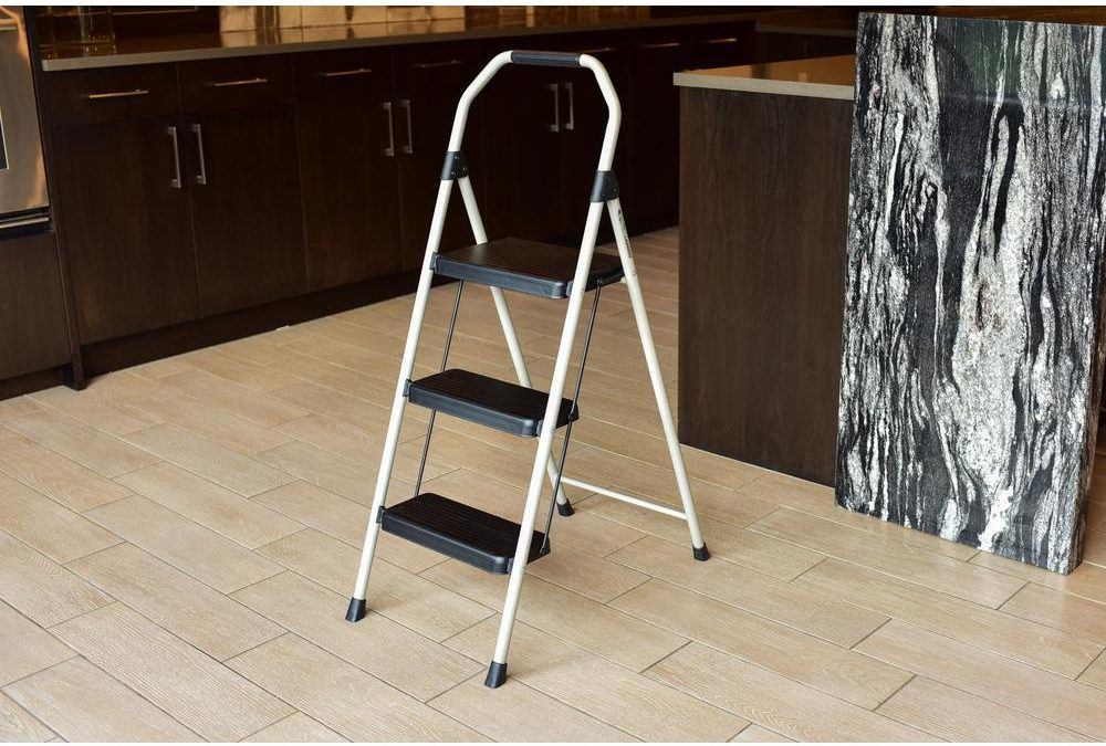 Deals of the Day: $10 Steel stepladder, $10 wireless headphones & more